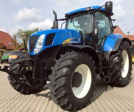 New Holland T 7050 Allrad Traktor