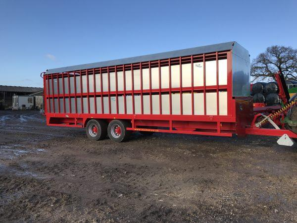 MCM 28ft Cattle Trailer