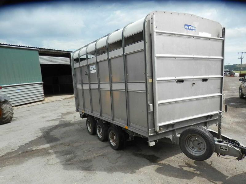 Ifor Williams Tri-Axle Cattle Trailer