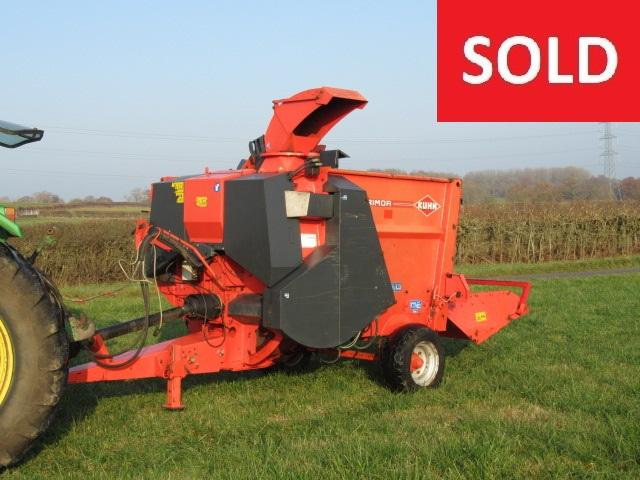 Kuhn PRIMOR 3560 Trailed Straw Chopper