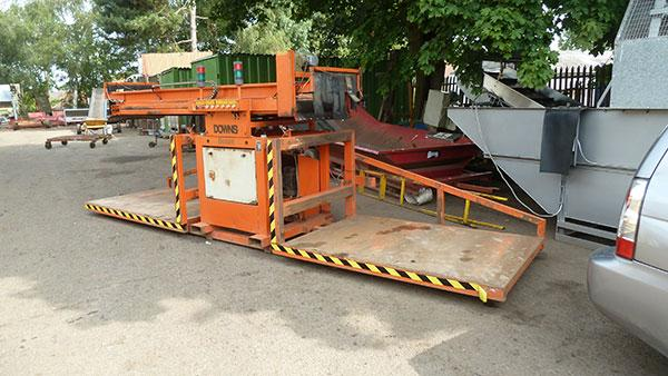 Downs mark 2 twin head box filler, fully automatic, 3ph.