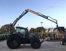 Valtra T234 Unlimited Tractor C/W Crane and Grab (ST5731)