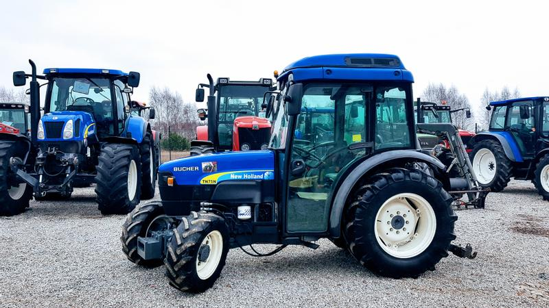 New Holland TN75N
