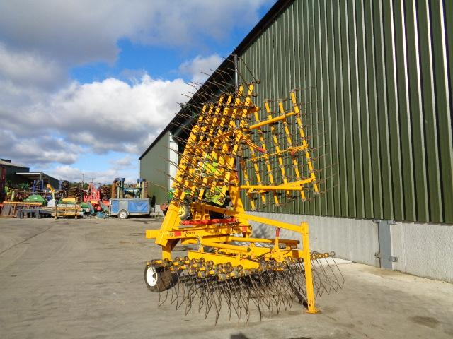 Twose 5M Folding Grass Harrows