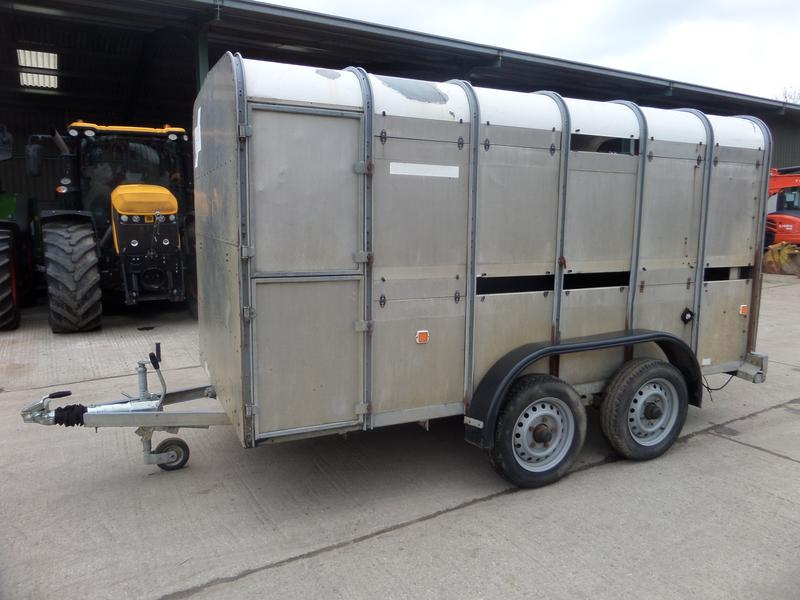Ifor Williams 12FT LIVESTOCK TRAILER