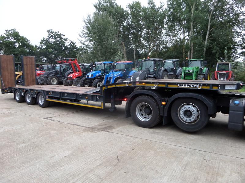 KING GTS44 TRI AXLE LOW LOADER TRAILER