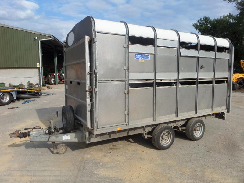 Ifor Williams DP120 12FT LIVESTOCK TRAILER